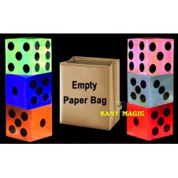 APPEARING DICES FROM EMPTY PAPER BAG (6 DICES)